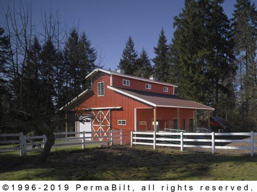 Classic Red Horse Barn and Farm Shed with Lean-To